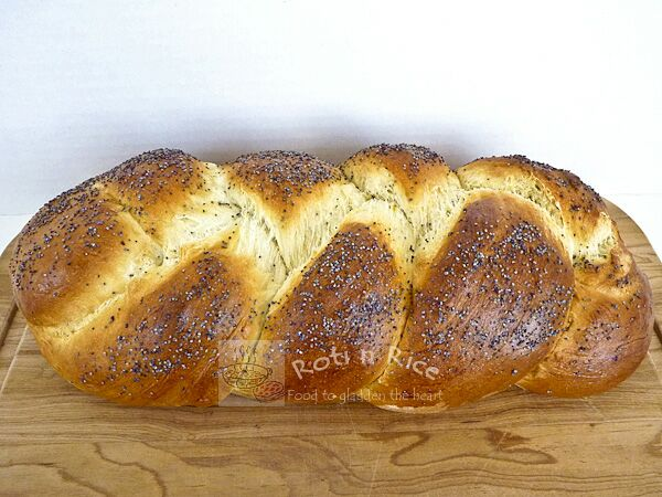 Lemon Poppy Seed Braid
