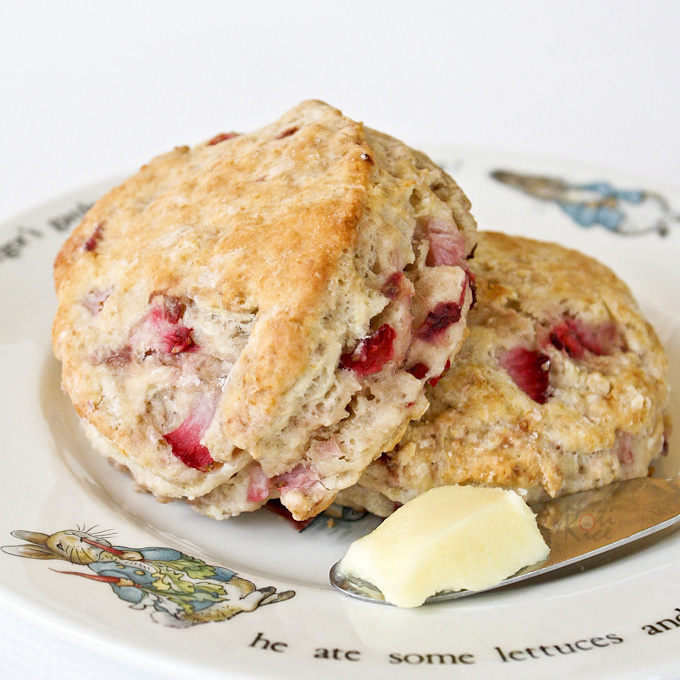 Strawberry Sour Cream Scones