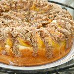 Peach Streusel Kuchen