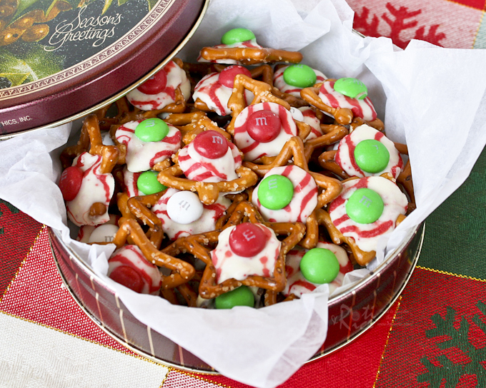 Fun, festive M&M, Hugs, and Kisses Holiday Pretzels with an irresistible sweet salty combination. Takes only minutes to prepare. | Food to gladden the heart at RotiNRice.com