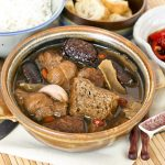 Bak Kut Teh (Pork Ribs Tea)