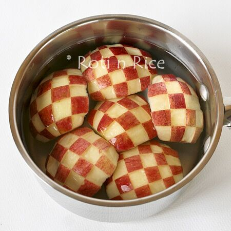 Checker pattern apples (Ichimatsu moyou ringo)