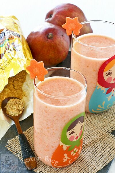 Carrot, Pear, and Flax Smoothie
