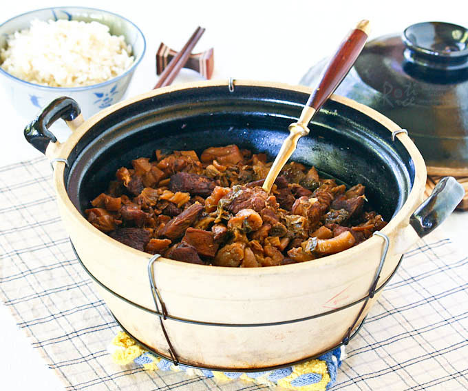 Braised Boey Chai with Pork Belly - a homey dish of melt-in-the-mouth preserved mustard. Delicious with steamed rice or congee. | RotiNRice.com