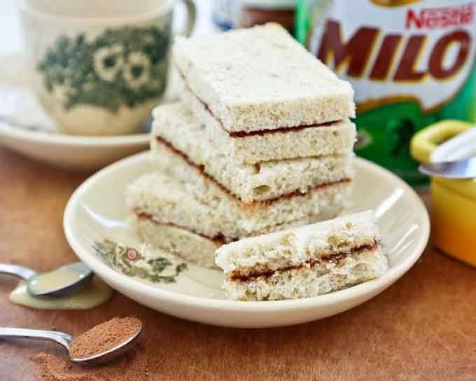 If you are a fan of Milo, you will love these Milo Sandwiches spread with butter or condensed milk and chocolate malt powder. So yummy!   RotiNRice.com