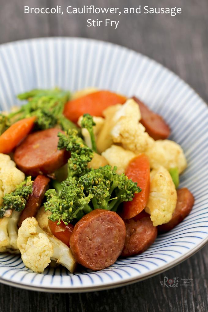 Broccoli, Cauliflower, and Sausage Stir Fry – super quick and tasty with easily available ingredients. Perfect for weeknights. | RotiNRice.com