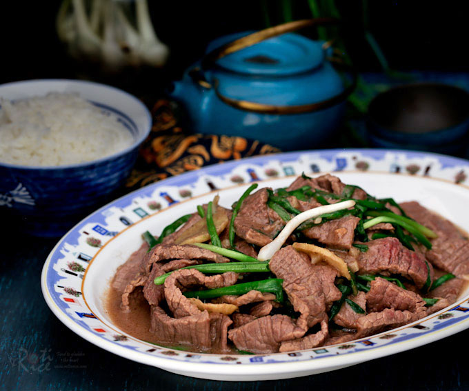 This classic Ginger Scallion Beef Stir Fry takes only 20 minutes to prepare. The beef is tender and pairs well with the ginger and scallion. | RotiNRice.com